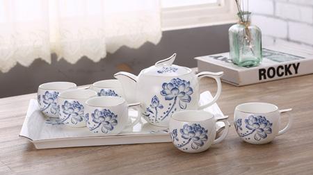 时尚家用陶瓷茶具