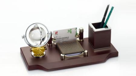 仿红木、合金笔筒/笔台