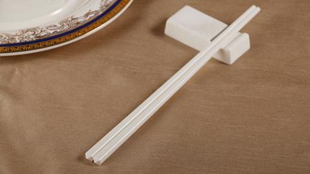 纯白陶瓷筷子、白瓷筷子
